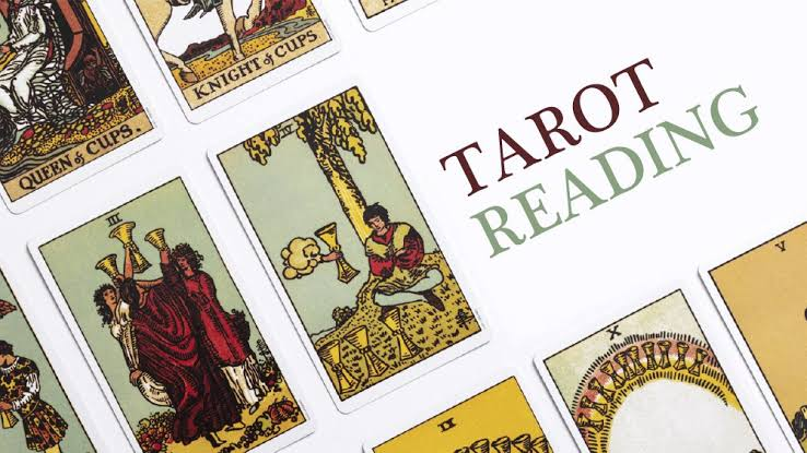 10 Best Questions to Ask During a Tarot Reading